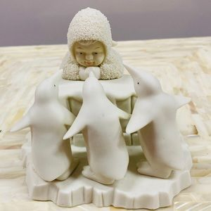 Dept. 56 Snow Angle with penguins
